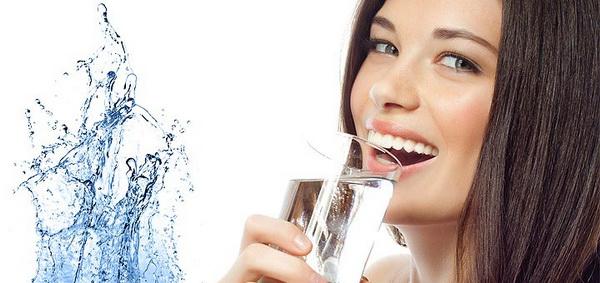 Չափից շատ ջո՞ւր եք խմում. ինչ վտանգ կարող է սպառնալ ձեզ